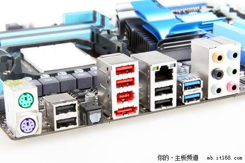 0接口,6个usb2.0及rj45千兆网络,多声道音频输入输出接口.