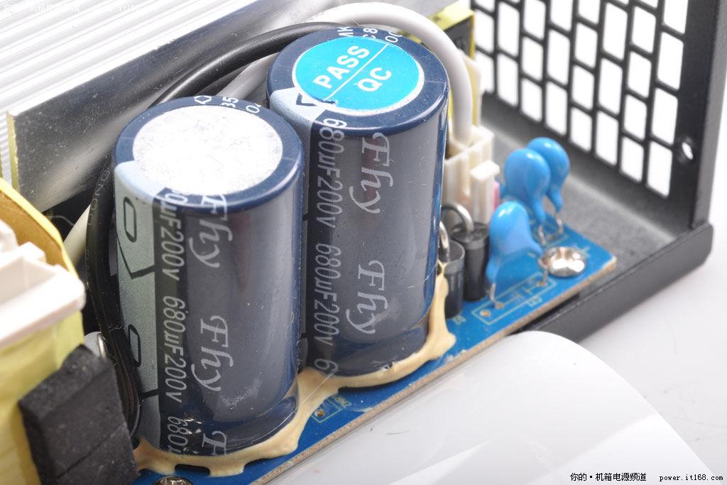 pfc电路高压滤波电容