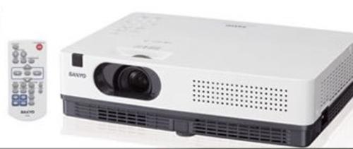 高端教育投影 三洋PLC-XW300C售5500元