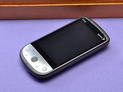 天翼3G插卡版G3 HTC Hero200精美图赏