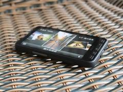 联通iPhone 4抢尽风头 6款行货机皇推荐