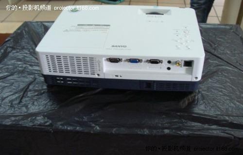 3000流明教育投影 三洋XW300C售6880元