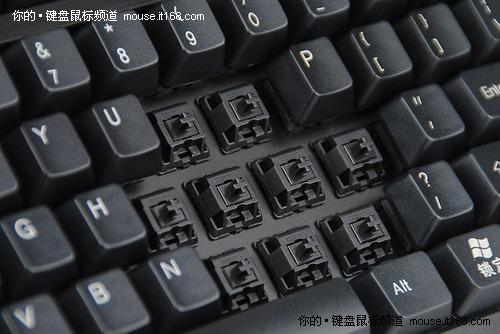 超强性价比 网际快车黑轴机械键盘仅299