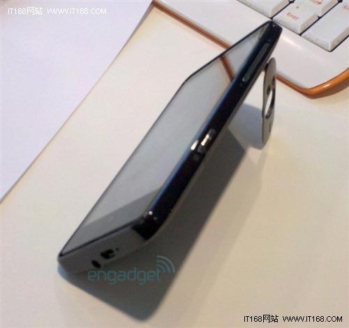 HD系列WP7旗舰新机 HTC HD7真机再曝光
