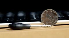 跟电池说Bye 罗技K750光能无线键盘评测