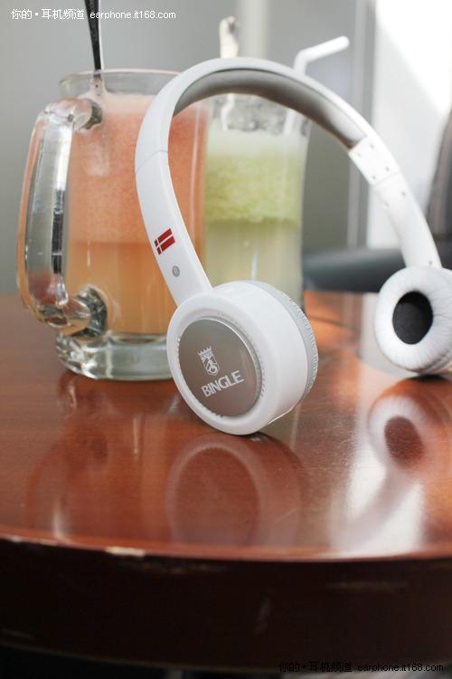 爱梦幻的白色控 宾果B600无线耳机图赏
