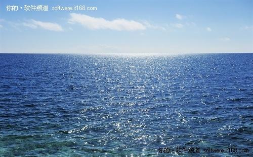冲绳岛的碧海蓝天