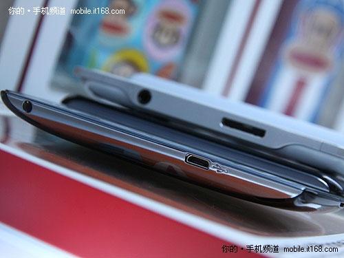 索爱PS Phone/索尼PSP Go对比---细节