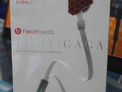 流行天后设计 Heart beats耳机售1080