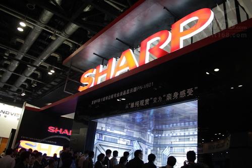 夏普超窄五维立体显示墙亮相Infocomm展