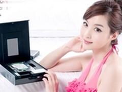 炎热季节 美女邀您把玩海美迪600高清机