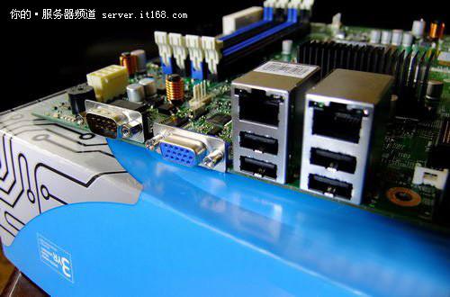 英特尔s1200btl主板 打造e3个人工作站