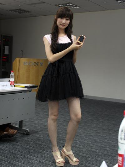 蓝牙降噪耳机成标配 索尼发布2011新品