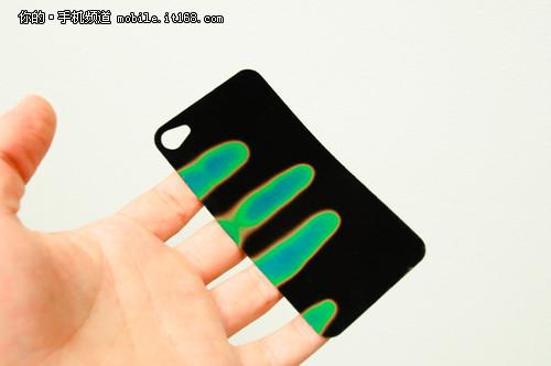 颜色跟着温度变 最有科技感的手机贴膜