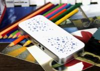 酷似iphone4s 三诺A6便携音箱热售128元