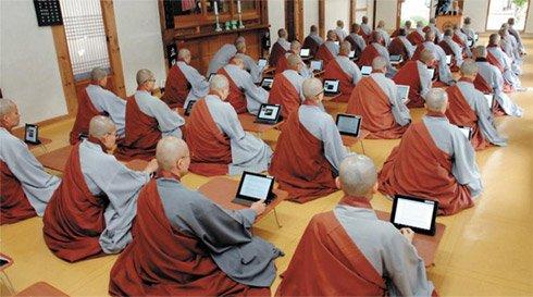 iPad取代佛经 韩国佛教教育走向智能化