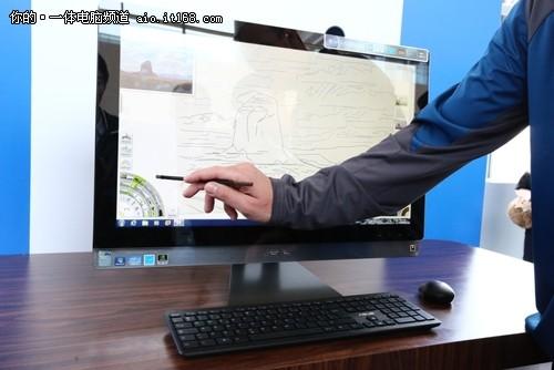 华硕27寸AIO/高端游戏主机亮相IDF202