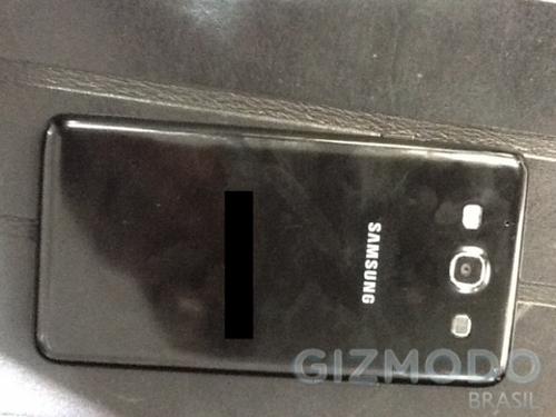 还未上市就遭曝光 三星Galaxy S3真机照