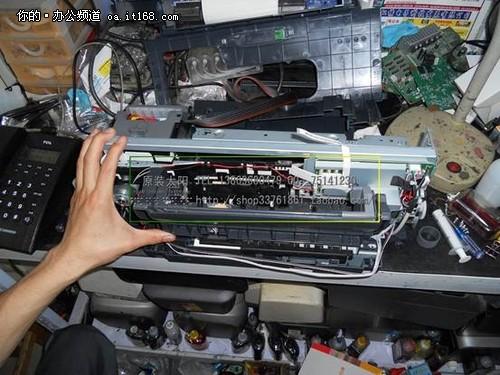 爱普生r230_爱普生epson r230搓纸轮安装的方法