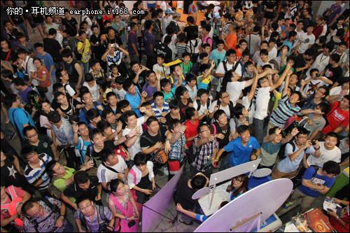 伊赛斯在ChinaJoy发布电竞新品耳机