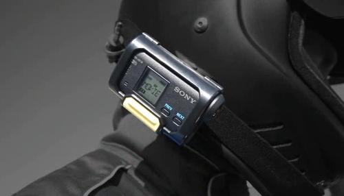 无线操控实时看 索尼AS15佩戴式DV评测