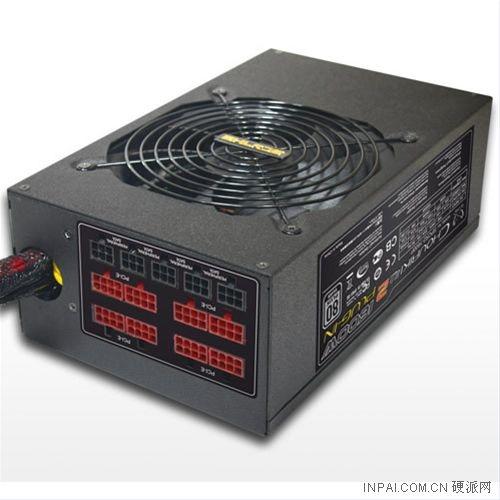 镰刀推新1600W电源