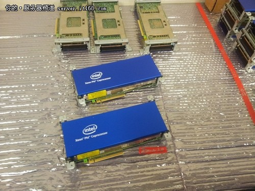 至强融核Xeon Phi的规格介绍