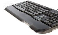 双手式造型设计 罗技 G100促销价199元