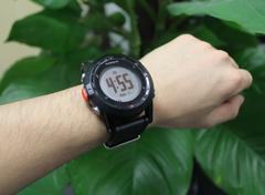 颠覆手持机印象佳明fēnix户外专用腕表