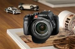 出身名门长焦机 徕卡V-LUX4售价4800元
