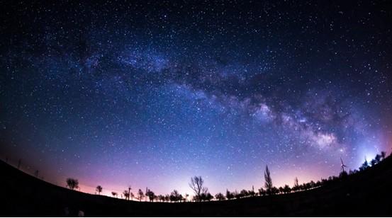 _夜空中的繁星梦 用l镜头记录下曾经梦想