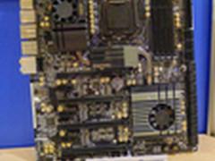 26个SATA 华擎展示Z87 Extreme 11/TB20