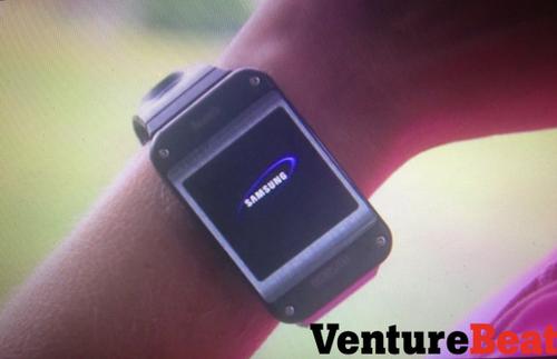 外形无惊喜 三星智能手表Galaxy Gear图