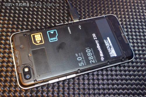 黑莓z30 使用說明_黑莓z30解鎖_黑莓z30軟件安裝