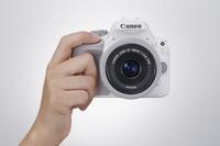佳能发布限量版白色EOS数码单反相机