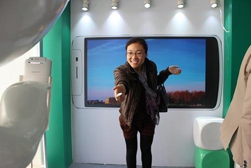 手机拍摄狂潮 OPPO N1大篷车惊艳泉城