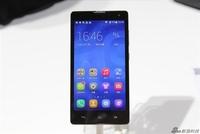 华为荣耀品牌独立 发布798元手机PK小米