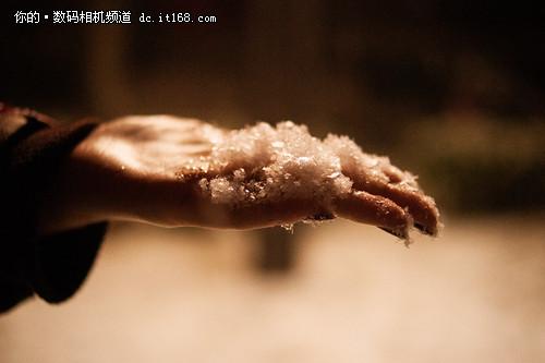 冬天里的恬静 雪景人像拍摄器材推荐