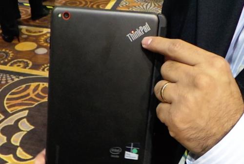 ThinkPad 8平板上手 续航8小时配高清