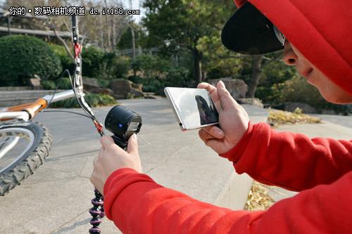 索尼QX100镜头相机下的无所不能小轮车