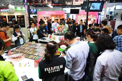 2014PE展富士X-T1 单电也能玩出操控感