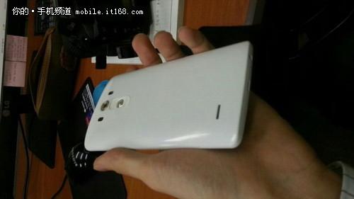 5.5寸2K屏 LG G3官方图效果曝光