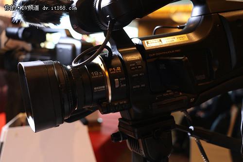 JVC发布专业摄像机HY-HM95与四防摄像机