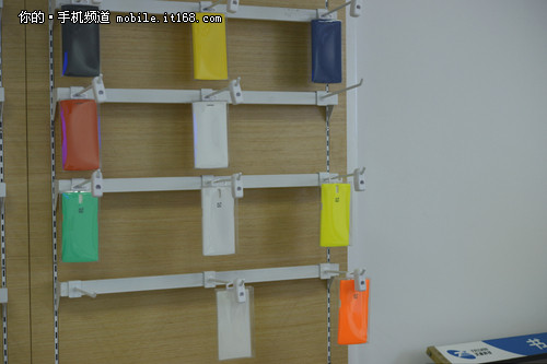手机书架墙纸图片大全