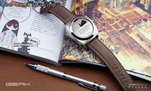 果壳智能圆表Geak Watch 2代真机亮相