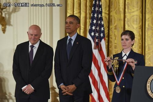 闪迪创始人获美国科技成就创新最高荣誉