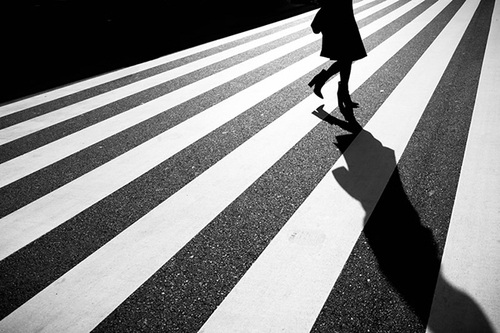 Junichi Hakoyama黑白街头摄影作品赏析
