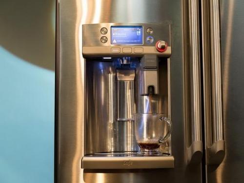 这款冰箱居然内置咖啡机 高达20420元