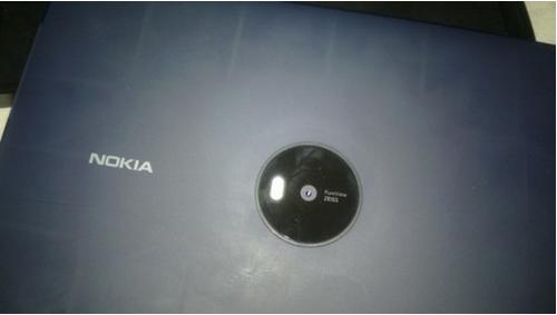 诺基亚Lumia 2020平板首次曝光 8.3寸屏