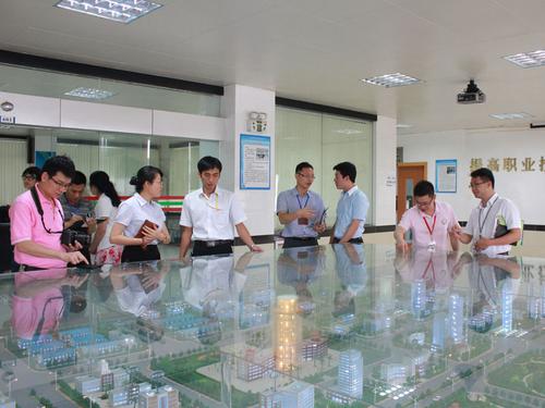 省城建学院造访省外贸学校进行学术交流